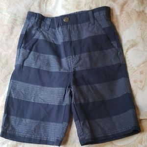 Boys shorts size 4- worn once great condition
